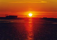 tn_sunset.jpg (3261 bytes)